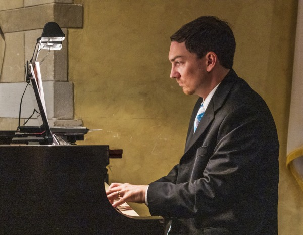 Trinity's New Director of Music Ministry _MG_1824.jpg